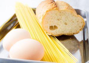 パンとパスタ(と卵)