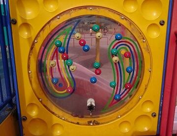 がめさん公園のピンボール