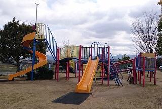 鏡ヶ池公園の複合遊具
