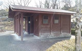 竜北公園のトイレ