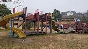 つつじヶ丘公園の複合遊具